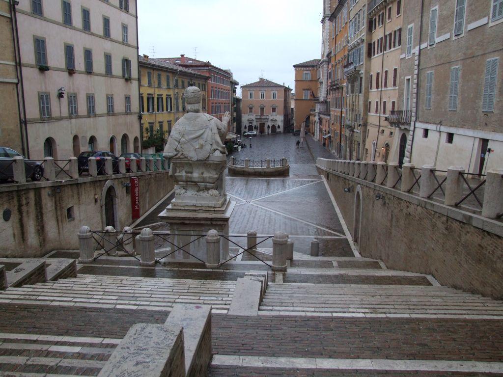 Ancona - Piazza del Plebiscito anche detta piazza del papa