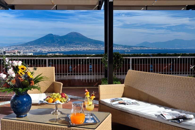 Hotel Napoli - lungomare vista Vesuvio