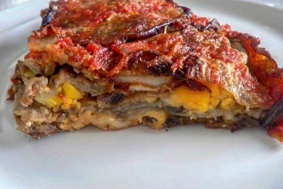 La Parmigiana di melanzane classico piatto napoletano