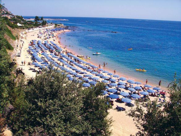 Villaggi Sardegna, spiaggia del Cala Gonone Beach Village