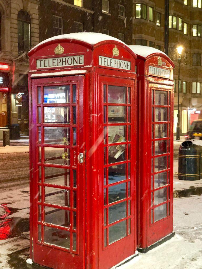 Cambina Telefonica Londra