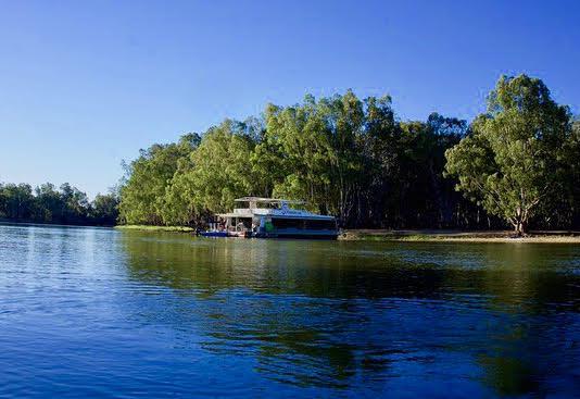 Idee di viaggio Houseboat