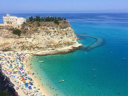 Marina dell'isola Tropea Calabria