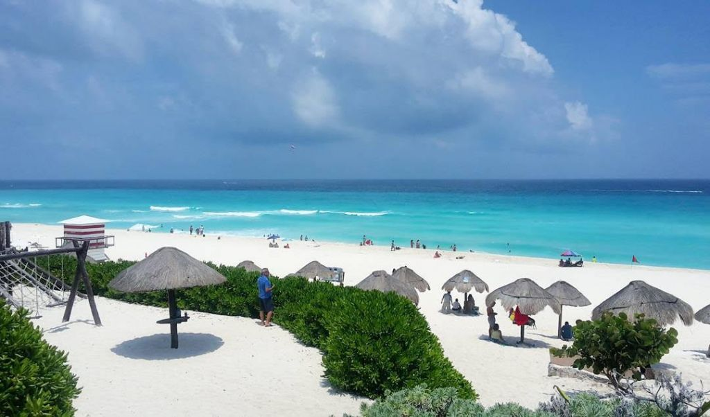 Playa de Cancun Messico