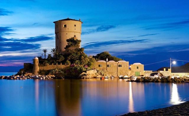 Torre-di-Campese-isola del giglio - Borghi della Toscana