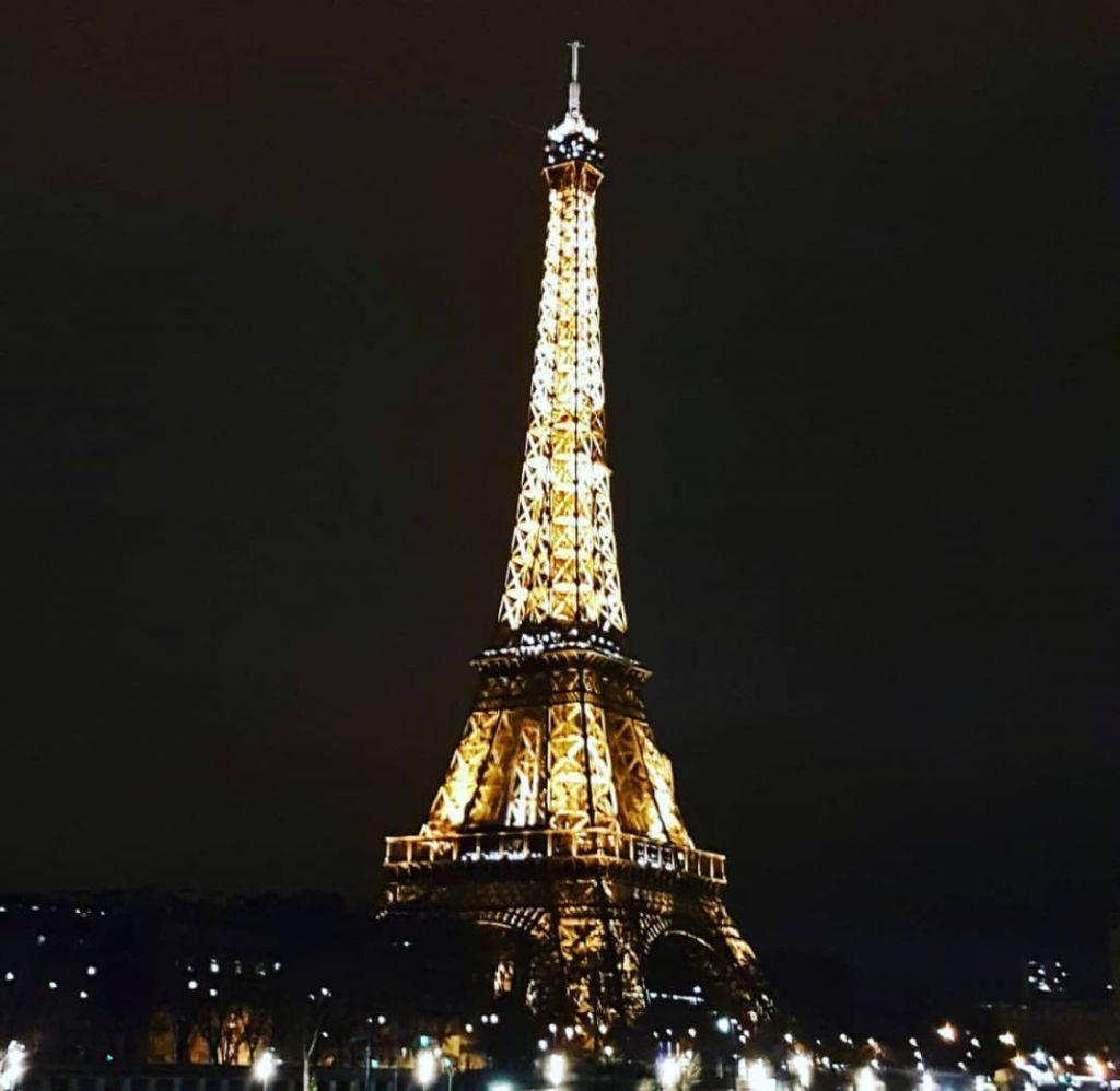 Tour Eiffel Parigi foto notturna
