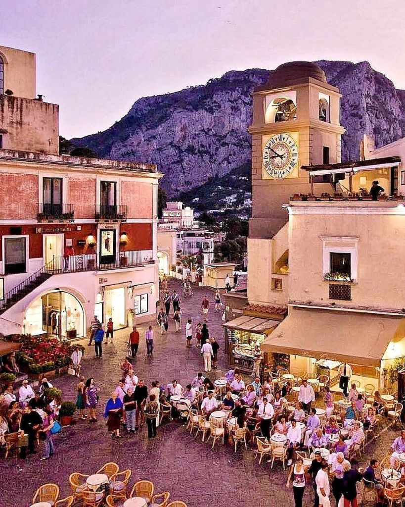 La Piazzetta Capri