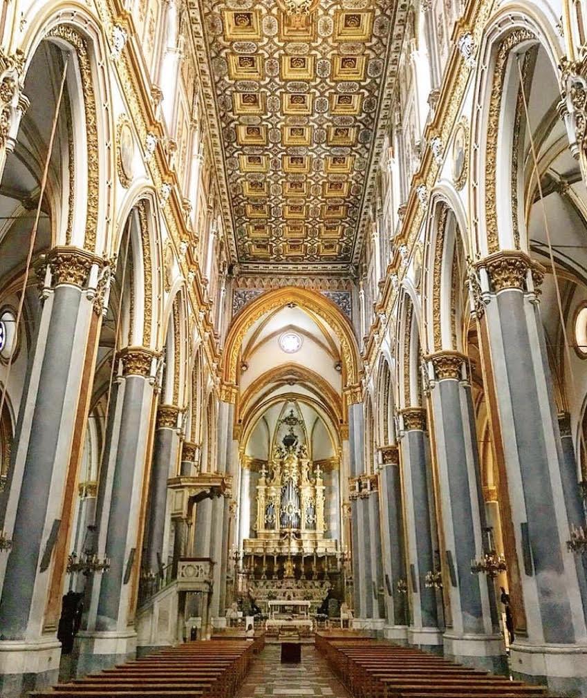 Basilica di San Domenico Maggiore Napoli