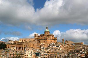 Centro storico, palazzi e monumenti
