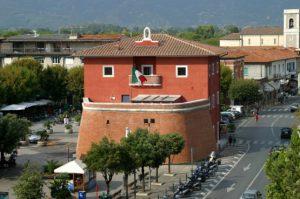 Centro storico e monumenti di Forte dei Marmi