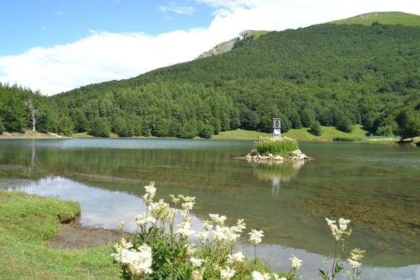 Lago di Calamone